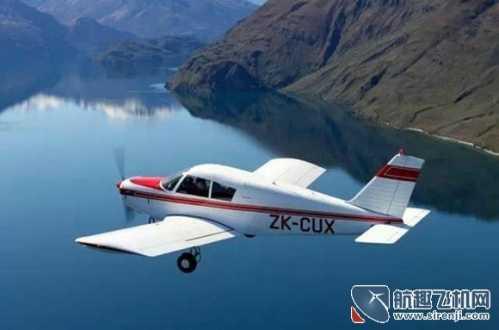飞机如何飞起来的 一位飞行爱好者的学飞经历