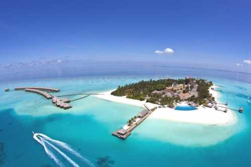 一岛一酒店用来形容马尔代夫最合适不过,在马尔代夫,最享受的是就是看海!此外,潜水、冲浪、帆板也不错。这片人间最后一块净土,或许不久的将来,便会消失在这个世界上。如果你还没去,壹旅程小三三只想说三个字:抓紧了! 邦咯岛(马来西亚) 推荐指数: 上海飞吉隆坡中转 / 需办理签证 / 无时差