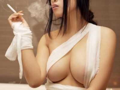 裸胸 美女裸奶无遮挡图片