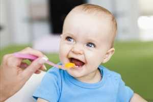 宝宝几个月能吃辅食 宝宝几个月可以添加辅食