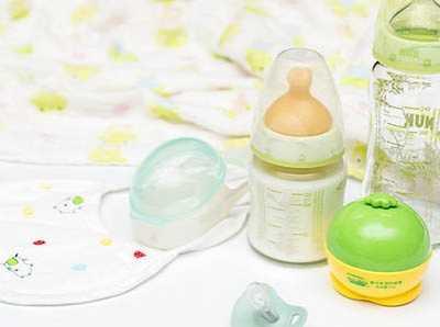 婴儿一天吃的少 宝宝一天吃多少才够饱